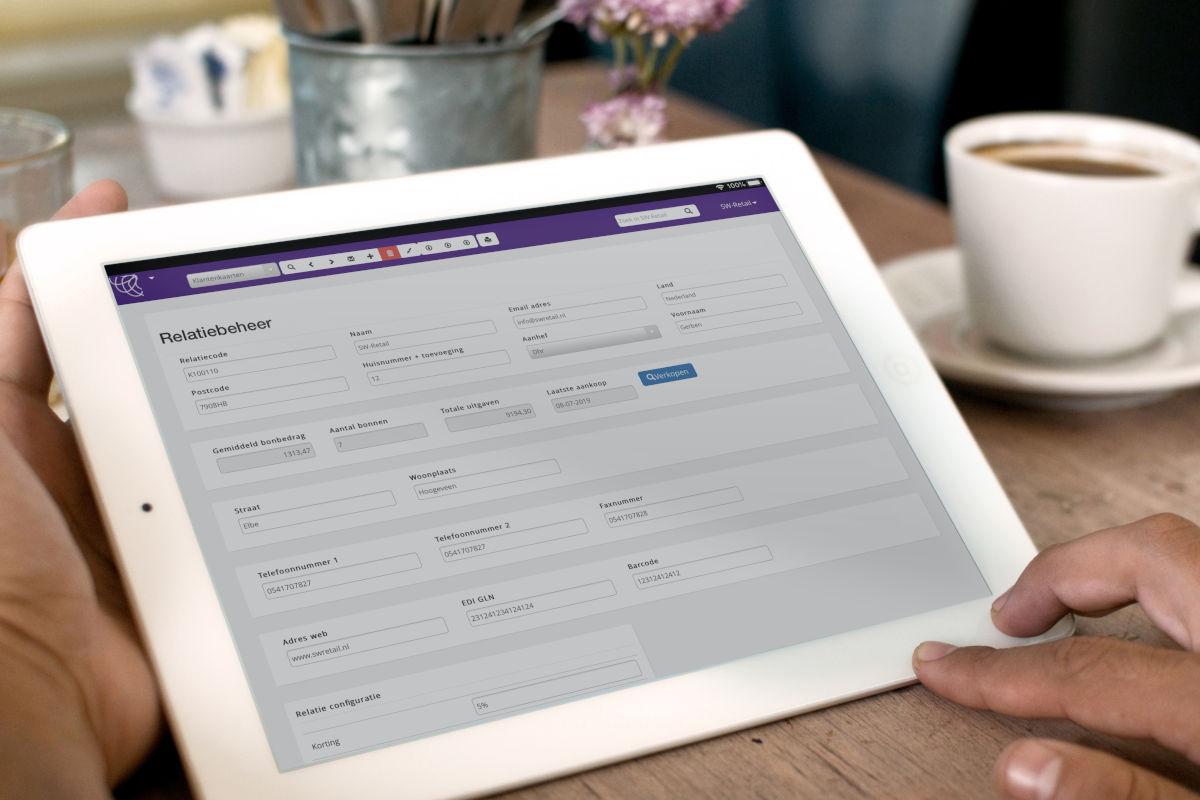 Relatiebeheer van SW-Retail op tablet